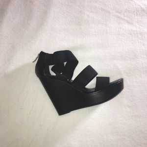 Comfy and sexy wedge sandals
